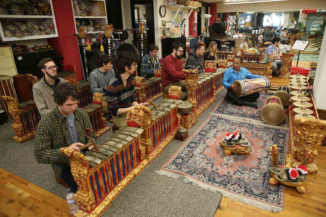 Faculty member I Nyoman Wenten in the Gamelan Room